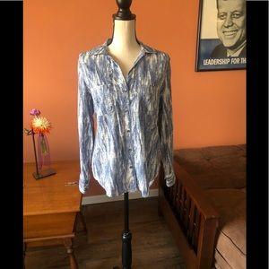 ROCK & REPUBLIC blue and white button down shirt